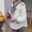 เสื้อแฟชั่นเกาหลี แขนยาวสีขาว แต่งเปิดไหล่ คอเสื้อผูกโบว์ thumbnail 8