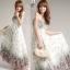 Maxi dress เดรสยาวสไตล์โบฮีเมียน สายเดี่ยวสีขาวลายดอก thumbnail 6