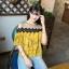 เสื้อแฟชั่นเว้าไหล่สไตล์เกาหลี ซีทรูช่วงอก แต่งลูกไม้ สีเหลืองลายดอกไม้ thumbnail 2