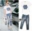 t-shirt & skinny jean thumbnail 2