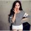 เสื้อแฟชั่นเกาหลี ลายตาราง ต่อแขนผ้าตาข่ายลูกไม้ thumbnail 2