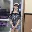 เสื้อแฟชั่นเว้าไหล่สไตล์เกาหลี ซีทรูช่วงอก แต่งลูกไม้ สีน้ำเงินลายดอก thumbnail 5