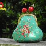กระเป๋าปิ้กแป้กขนาด 7 cm สูง 5 นิ้ว ผ้าญี่ปุ่น ควิลล์มือ สำหรับใส่เหรียญ ของจุกจิก (สินค้าฝากขาย ไม่บวกเพิ่ม )