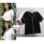 เสื้อผ้าแฟชั่นสวยๆ เสื้อทำงาน สีดำ ผ้าฮานาโกะ คอวี กุ้นขอบสีขาวตัดกัน แบบสวย ดีไซน์เก๋ๆ สินค้าคุณภาพดี thumbnail 4