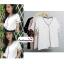 เสื้อผ้าแฟชั่นสวยๆ เสื้อทำงาน สีขาว ผ้าฮานาโกะ คอวี กุ้นขอบสีดำตัดกัน แบบสวย ดีไซน์เก๋ๆ สินค้าคุณภาพดี thumbnail 3