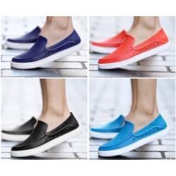 ใหม่หลากสี รองเท้าลุยน้ำ outdoor รองเท้ายางหุ้มส้น loafer ผู้หญิง ผู้ชายแฟชั่น เบอร์ 39-45