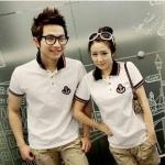 ชุดคู่รัก เสื้อคู่รักเกาหลี เสื้อผ้าแฟชั่น ชาย + หญิงเสื้อคอปกแขนสั้น สีขาว +พร้อมส่ง+
