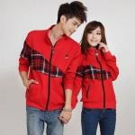 เสื้อคู่ ชุดคู่รัก พร้อมส่ง แฟชั่นคู่รัก ชาย + หญิง เสื้อกันหนาวคู่รักมีซิบ สีแดง
