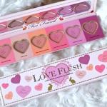 Too Faced Love Flush Long-Lasting 16-Hour Blush Wardrobe พาเลทบรัชออนรูปหัวใจ 6 เฉดสี 6x2g. ราคาปลีก บาท ราคาส่ง บาท