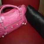 หมอนดันทรงกระเป๋ารุ่น Balenciaga Giant city bag