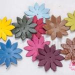 ดอกไม้ทำจากหนัง คละสี 36 มิล (10ชิ้น)