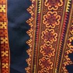 P340. ผ้า ปัก มือ โทน สีเหลืองน้ำตาล ลายประยุกต์