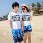 เสื้อคู่รัก ชุดคู่รักเที่ยวทะเลชาย +หญิง เสื้อยืดสีขาวลายตัวอักษร กางเกงขาสั้นลายต้นมะพร้าวโทนสีฟ้า +พร้อมส่ง+