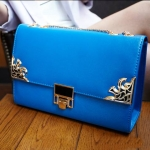 กระเป๋า Mikko สี น้ำเงิน สวยสะดุดตาด้วยสายโซ่ทอง เรียบหรู ดูดี งานดี คุณภาพดีค่ะ
