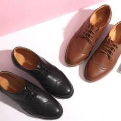 พรีออเดอร์ เล็กพิเศษ!! รองเท้าคัทชู หนังเงาหุ้มส้น หน้าออกฟอร์ด ส้นลาย สี ดำ น้ำตาล เบอร์ 36-39