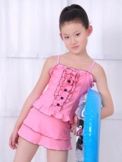 พร้อมส่ง ชุดว่ายน้ำเด็กผู้หญิง ชุดว่ายน้ำ Tankini สายเสื้อเดี่ยว แต่งระบายพร้อมกระดุมเก๋ กระโปรงระบายน่ารักมาก