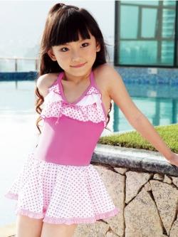 พร้อมส่ง ชุดว่ายน้ำเด็กผู้หญิง ชุดว่ายน้ำวันพีซ สีพื้น อกและกระโปรงแต่งระบายผ้าลายจุดสีสดใส น่ารักมาก