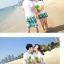 เสื้อคู่รัก ชุดคู่รักเที่ยวทะเลชาย +หญิง เสื้อยืดสีขาวลายต้นมะพร้าว กางเกงขาสั้นสีเขียว +พร้อมส่ง+ thumbnail 5