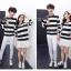 เสื้อแขนยาวคู่รัก เสื้อผ้าแฟชั่น ชาย +หญิง เสื้อแขนยาว รายริ้ว แต่งสีดำสลับสีขาว +พร้อมส่ง+ thumbnail 6