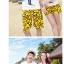 เสื้อคู่รัก ชุดคู่รักเที่ยวทะเลชาย +หญิง เสื้อยืดสีขาวลายคนยืนดูท้องฟ้า กางเกงขาสั้นลายอีโมสีเหลือง +พร้อมส่ง+ thumbnail 3