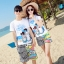 เสื้อคู่รัก ชุดคู่รักเที่ยวทะเลชาย +หญิง เสื้อยืดสีขาวลายสวีทริมทะเล กางเกงขาสั้นลายเส้น +พร้อมส่ง+ thumbnail 1
