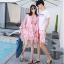 ชุดเสื้อคู่รักเที่ยวทะเล ชายเสื้อยืดพร้อมกางเกงขาสั้น + เดรสแขนยาว สีชมพู แต่งลายดอกไม้ +พร้อมส่ง สำเนา thumbnail 14