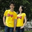 เสื้อยืดคู่รัก แฟชั่นคู่รัก ชาย + หญิง เสื้อยืดแขนสั้น แต่งสกรีนลายลูกศรสีแดง Love เสื้อสีเหลือง +พร้อมส่ง+ thumbnail 1