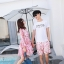 ชุดเสื้อคู่รักเที่ยวทะเล ชายเสื้อยืดพร้อมกางเกงขาสั้น + เดรสแขนยาว สีชมพู แต่งลายดอกไม้ +พร้อมส่ง สำเนา thumbnail 5