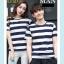 +พร้อมส่ง+ เสื้อคู่รักเกาหลี แฟชั่นคู่รัก ชายหญิง เสื้อยืดคอกลม ลายริ้วใหญ่ สีน้ำเงินสลับขาว thumbnail 2