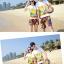 เสื้อคู่รัก ชุดคู่รักเที่ยวทะเลชาย +หญิง เสื้อยืดสีขาวลายคู่รักขับรถเที่ยวชายหาด กางเกงขาสั้นลายพระอาทิตย์โทนสีส้ม +พร้อมส่ง+ thumbnail 2