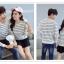 เสื้อแขนยาวคู่รัก เสื้อผ้าแฟชั่น ชาย +หญิง เสื้อแขนยาว รายริ้วเล็ก แต่งเทาสลับสีขาว +พร้อมส่ง+ thumbnail 4