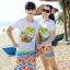 เสื้อคู่รัก ชุดคู่รักเที่ยวทะเลชาย +หญิง เสื้อยืดสีขาวลายต้นมะพร้าวลอยน้ำ กางเกงขาสั้นลายไทยโทนสีส้ม +พร้อมส่ง+ thumbnail 1