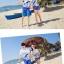 เสื้อคู่รัก ชุดคู่รักเที่ยวทะเลชาย +หญิง เสื้อยืดสีขาวลายสวีทริมทะเล กางเกงขาสั้นลายมะพร้าวโทนสีฟ้า +พร้อมส่ง+ thumbnail 2