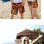 เสื้อคู่รัก ชุดคู่รักเที่ยวทะเลชาย +หญิง เสื้อยืดสีขาวลายต้นมะพร้าวลอยน้ำ กางเกงขาสั้นลายพระอาทิตย์โทนสีส้ม +พร้อมส่ง+ thumbnail 5