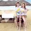 เสื้อคู่รัก ชุดคู่รักเที่ยวทะเลชาย +หญิง เสื้อยืดสีขาวลายคนยืนดูท้องฟ้า กางเกงขาสั้นลายแถบสี โทนสีรุ้ง +พร้อมส่ง+ thumbnail 2