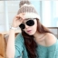 หมวกไหมพรมแฟชั่นเกาหลีพร้อมส่ง ทรงดีไซต์เก๋ แบบมีกำบังด้านหนา แต่งสีน้ำตาลขาว thumbnail 1
