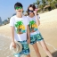เสื้อคู่รัก ชุดคู่รักเที่ยวทะเลชาย +หญิง เสื้อยืดสีขาวลายต้นมะพร้าว กางเกงขาสั้นสีเขียว +พร้อมส่ง+ thumbnail 1