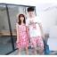 ชุดเสื้อคู่รักเที่ยวทะเล ชายเสื้อยืดพร้อมกางเกงขาสั้น + เดรสแขนกุด สีชมพู แต่งลายดอกไม้ +พร้อมส่ง thumbnail 6