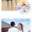 เสื้อคู่รัก ชุดคู่รักเที่ยวทะเลชาย +หญิง เสื้อยืดสีขาวลายคนยืนดูท้องฟ้า กางเกงขาสั้นลายแถบสีหลากสี +พร้อมส่ง+ thumbnail 7