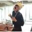 หมวกไหมพรมแฟชั่นเกาหลีพร้อมส่ง ทรงดีไซต์เก๋ ทรงหูแมว ลายกากบาท ปิดหูแต่งเชือกห้อย 2 ข้าง สีขาว thumbnail 3