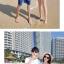 เสื้อคู่รัก ชุดคู่รักเที่ยวทะเลชาย +หญิง เสื้อยืดสีขาวลายคู่รักขับรถเที่ยวชายหาด กางเกงขาสั้นลายต้นมะพร้าวโทนสีฟ้า +พร้อมส่ง+ thumbnail 3
