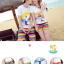 เสื้อคู่รัก ชุดคู่รักเที่ยวทะเลชาย +หญิง เสื้อยืดสีขาวลายคนยืนดูท้องฟ้า กางเกงขาสั้นลายแถบสี โทนสีรุ้ง +พร้อมส่ง+ thumbnail 3
