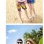 เสื้อคู่รัก ชุดคู่รักเที่ยวทะเลชาย +หญิง เสื้อยืดสีขาวลายแถบสี รองเท้า กางเกงขาสั้นลายแถบสีหลากสี +พร้อมส่ง+ thumbnail 4