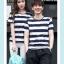 +พร้อมส่ง+ เสื้อคู่รักเกาหลี แฟชั่นคู่รัก ชายหญิง เสื้อยืดคอกลม ลายริ้วใหญ่ สีน้ำเงินสลับขาว thumbnail 3