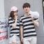 +พร้อมส่ง+ เสื้อคู่รักเกาหลี แฟชั่นคู่รัก ชายหญิง เสื้อยืดคอกลม ลายริ้วใหญ่ สีดำสลับขาว thumbnail 1