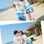 เสื้อคู่รัก ชุดคู่รักเที่ยวทะเลชาย +หญิง เสื้อยืดสีขาวลายคนติดเกาะ กางเกงขาสั้นลายแฉกโทนสีฟ้า +พร้อมส่ง+ thumbnail 5