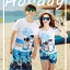 เสื้อคู่รัก ชุดคู่รักเที่ยวทะเลชาย +หญิง เสื้อยืดสีขาวลายสวีทริมทะเล กางเกงขาสั้นลายต้นมะพร้าวโทนสีฟ้า +พร้อมส่ง+ thumbnail 2