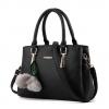 กระเป๋าสะพายข้างผู้หญิงฺ Berlyn สีดำ