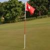 ธงยาวพร้อมหลุมกอล์ฟ