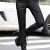 กางเกงแฟชั่น พร้อมส่ง สีดำ หนังด้าน มีความยืดหยุ่นได้นิดหน่อยค่ะ ขายาวเดฟเข้ารูป แต่งซิบรูดเก๋ ตัดเย็บตะเข็บตรงขา สุดเท่ห์